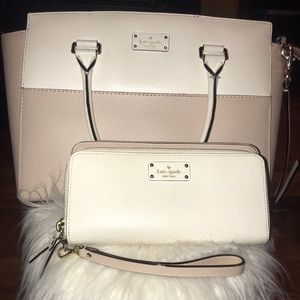Kate Spade Purse with matching billfold.